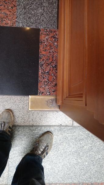 Брендирование дверей  5 июня 2018