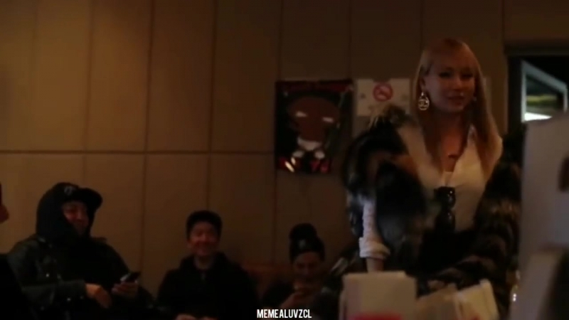 CL at YG STUDIO with GD_TAEYANG and others (Unseen 2013)