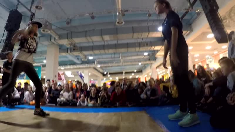 Растяпина Кристина vs Неизвестно Хип хоп 2 круг Kids Battle г Самара 2018