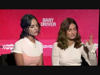 Лили Джеймс и Эйса Гонсалес для «The Movie Times» в рамках промоушена фильма «Малыш на драйве»