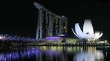 Singapore walk at night tour - Marina Bay Sands, Merlion and Helix Bridge