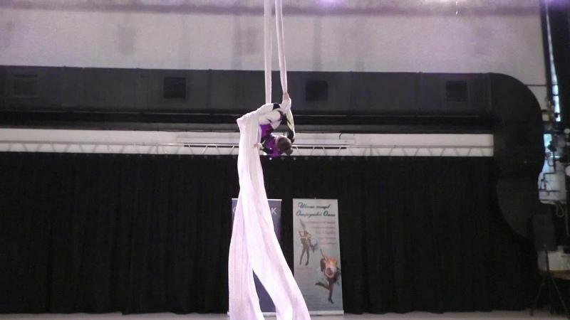 Маруся Облезова - Catwalk Dance Fest [pole dance, aerial] 30.04.18.
