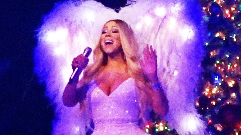 Mariah Carey - Hark! The Herald Angels Sing Live In Nottingham (9th Dec. 2018)