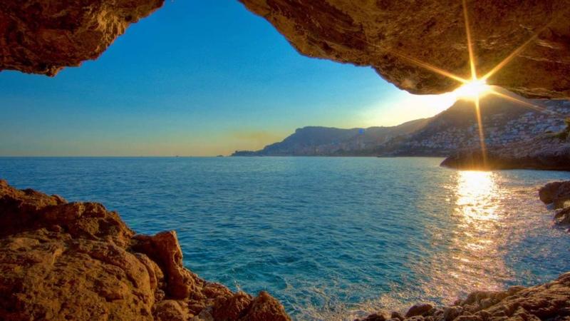 All creation reflects the beauty of the Creator - Всё творение отражает красоту Творца