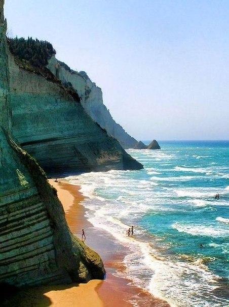 Туры на остров Корфу на 7 ночей за 12400 с человека