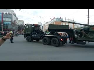 На Посадской сломался тягач, который вёз танк на репетицию парада Победы