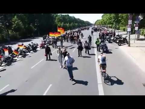 20.05.2018 Belin - LIVESTREAM Demo Biker für Deutschland Frauenbündnis Kandel - 1. Teil