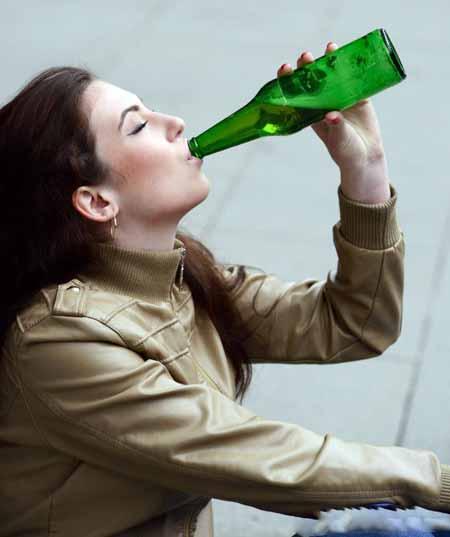 Пьянство чаще всего встречается среди молодежи.
