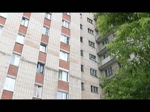 В Златоусте разрушаются дома, брошенные коммунальщиками