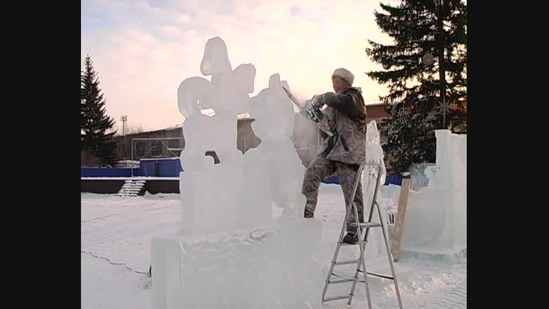 Ледовым мастерам с погодой повезло, будем надеяться, что не помешает и асиновцам насладиться лазерным шоу!