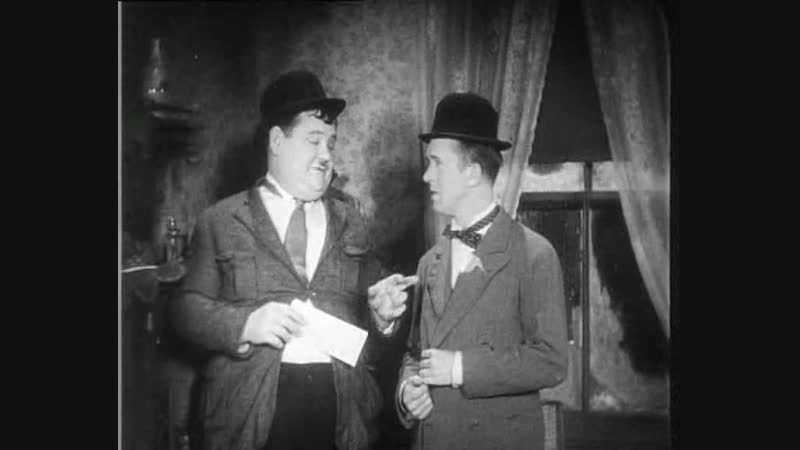Laurel and Hardy Laughing Gravy 3Reel 1930