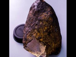Неизвестный науке минерал в сибирском метеорите