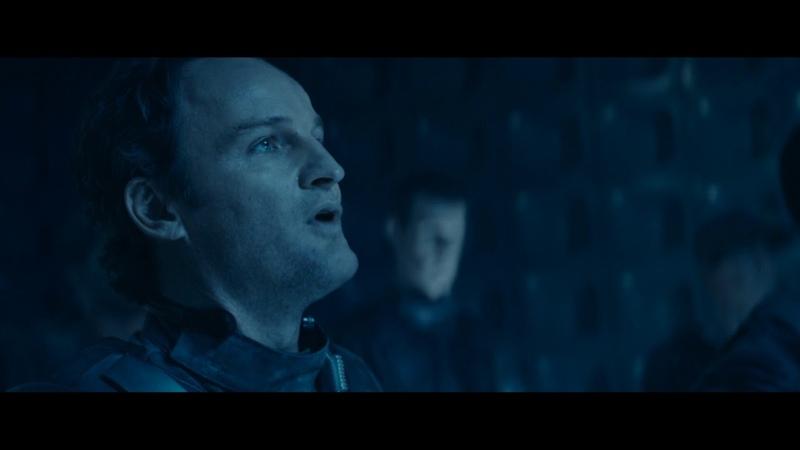 Скайнет заражает Джон Коннора нано-роботами пока Кайл телепортируется - Терминатор: Генезис