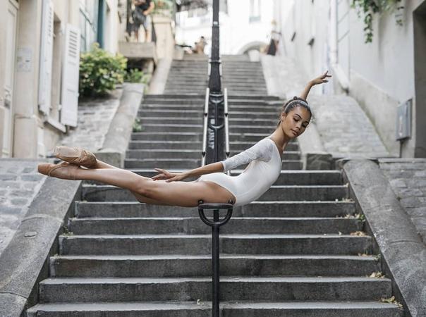 Инес Джозеф  балерина, гибкость которой поразила весь мир
