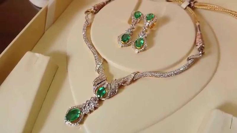 Super Hot Angelina Jolie Hot Emerald Necklace