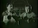 10 июля родились бессменные ведущие юмористической программы Городок – Илья Олейников (1947) и Юрий Стоянов (1957).