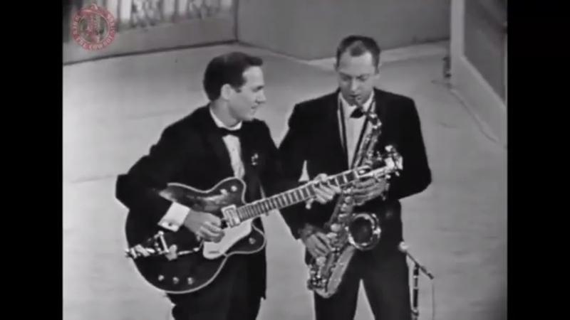 Chet Atkins And Boots Randolph - Yakkety Sax
