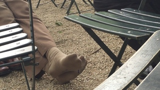 Sneaky vid of guy with shoes off wiggling toes