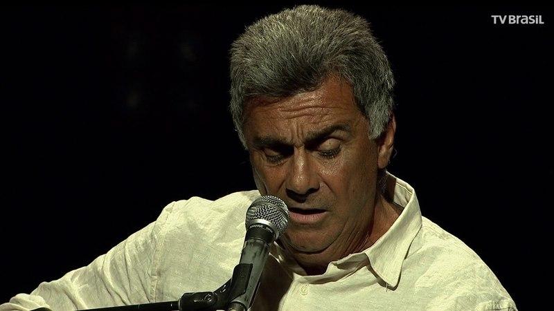 Guinga apresenta show intimista de voz e violão | Programa completo