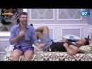 Yuri faz aposta para Marcelo beijar Matheus