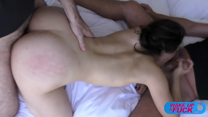 Lesbians licking pussy free video
