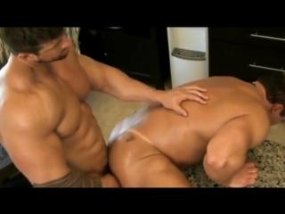Порно бодибилдеры спортсмены