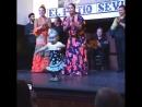 El flamenco empieza a edades tempranas. Фламенко начинается с маленького возраста.