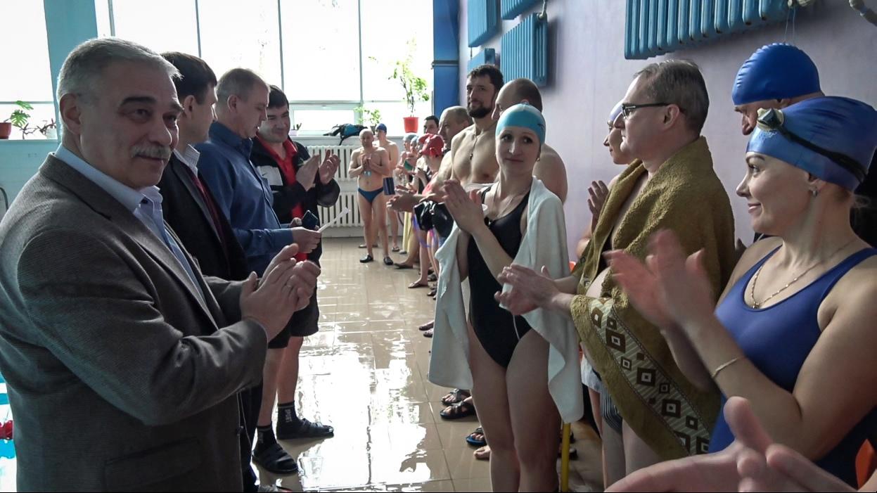 В Донецке состоялись соревнования по плаванию в рамках четвёртого этапа общегородской спартакиады
