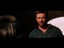 Логан допрашивает Нобуро и выбрасывает его из окна Росомаха Бессмертный (2013)