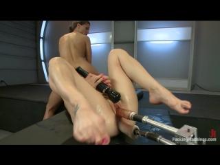seks-mashina-dovodit-do-skvirta-polnometrazhnie-porno-film-styuardessi