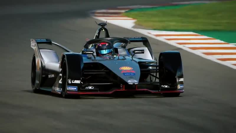 Fans at NISMOfest18 will get the chance to see the @FIAFormulaE @Nissan e.dams team in action in Japan for the first time. 30 d