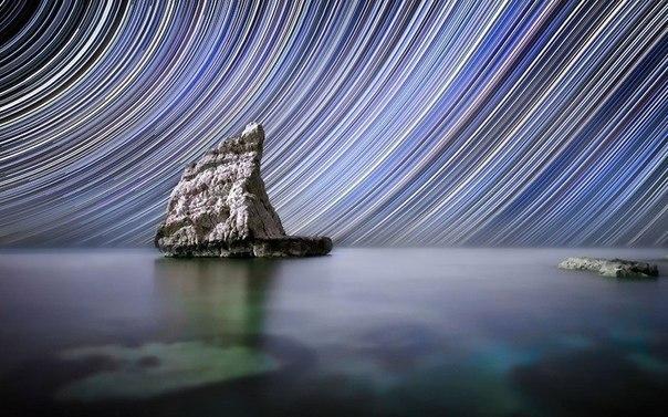 Потрясающие изображения Солнечной системы 46-летний фотограф Маурицио Пигнотти, регулярно проводит всю ночь снимал кристально-чистые небеса. Итальянский фотограф использует технику, в которой