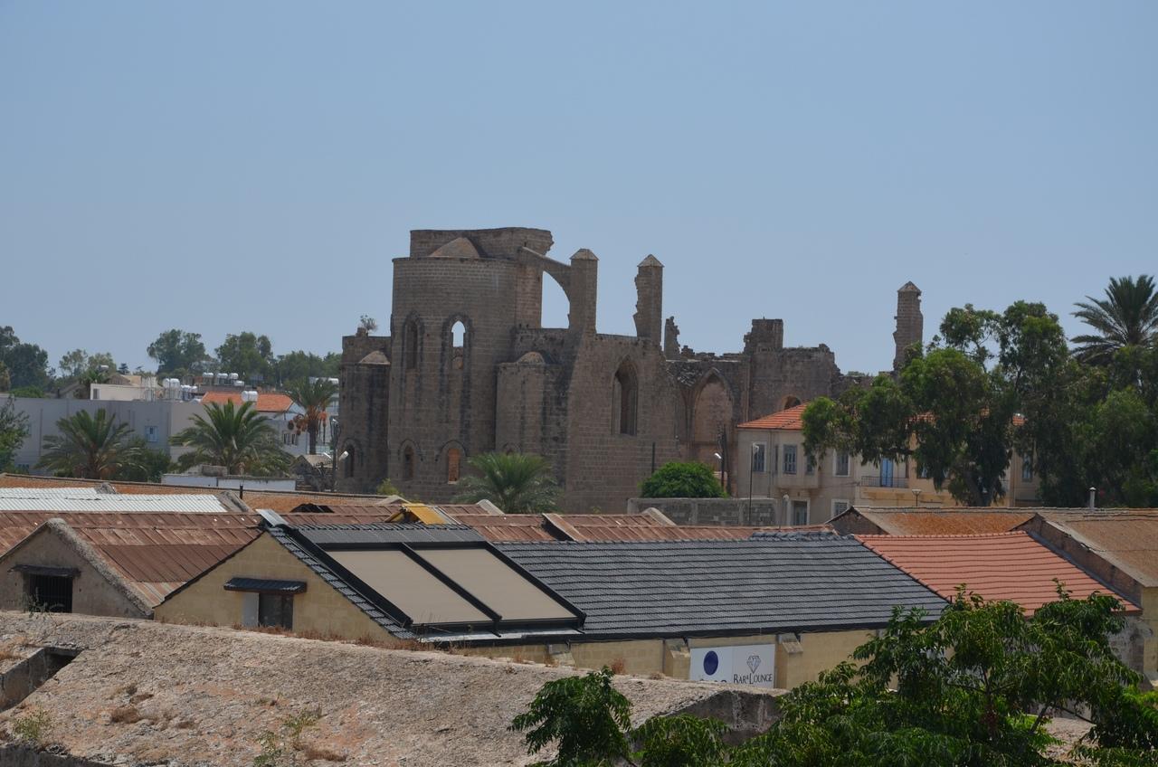 Tr1zWangAPI Фамагуста самый интересный город Кипра.