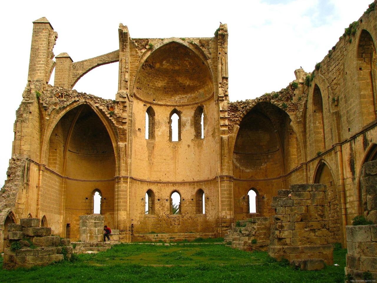 SyiSVlVH7c4 Фамагуста самый интересный город Кипра.