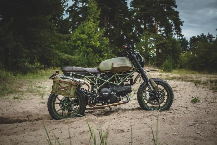 Kalapea Garage: кастом Ducati Hyperscrambler