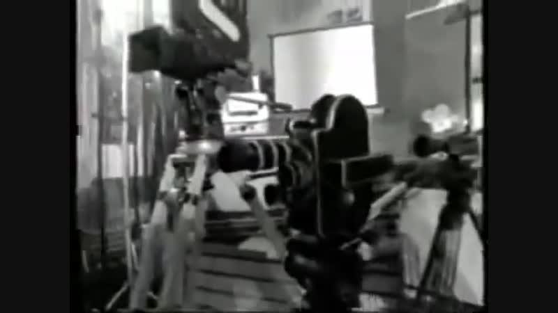 10-тиминутная киношкола Роберта Родригеса ( 480 X 640 )