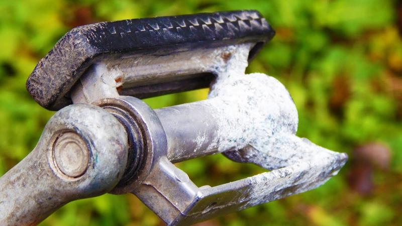 Не выбрасывайте старую педаль от велосипеда Крутая идея для самоделки