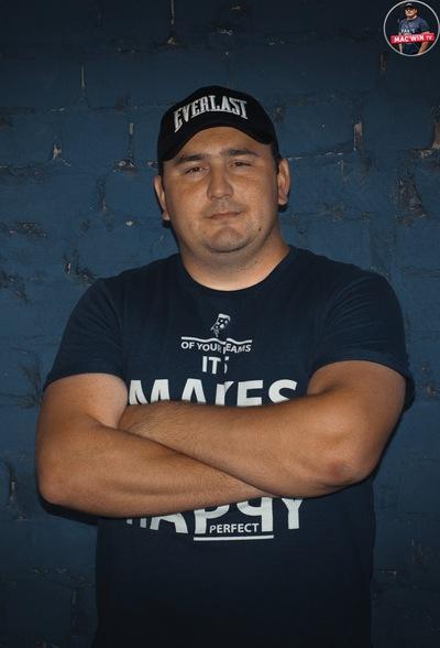 Антон Балаев