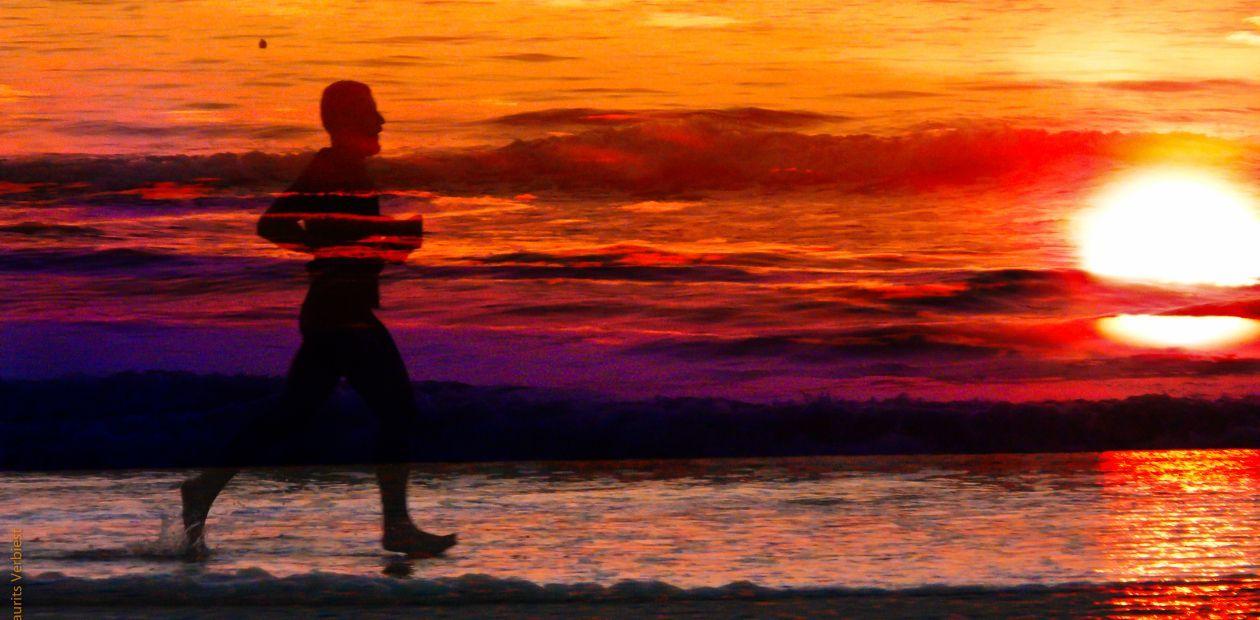 «Поломка» всего лишь одного гена у древних людей позволила нам бегать марафоны