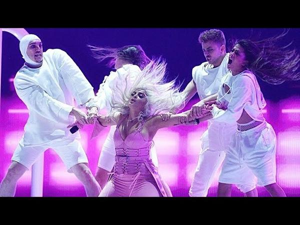 Bebe Rexha - Im a Mess (Teen Choice Awards 2018)