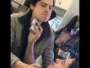 📽️ Cole e Jordan se barbeando a alguns dias atrás no set de gravação.