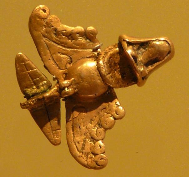 Авиация древних Могли ли древние египтяне использовать в бою вертолеты и самолеты Пирамиды и храмы Древнего Египта уже не первую тысячу лет привлекают внимание историков. Да, тут нет никакой
