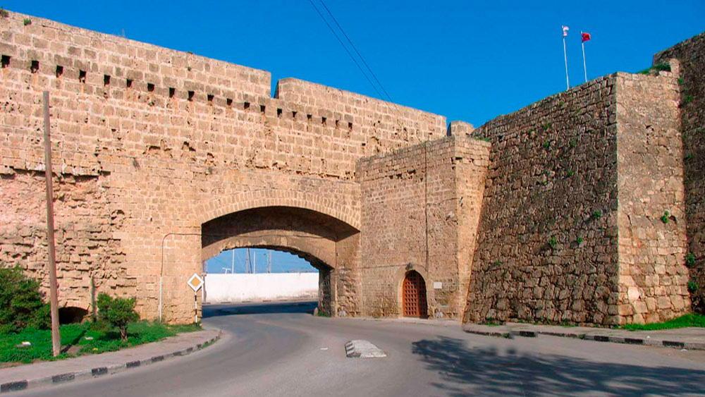 Rf3xS3aBUiw Фамагуста самый интересный город Кипра.