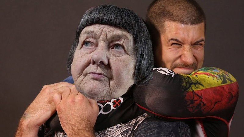 Зачем спецслужбы маму Савченко задушить хотели?