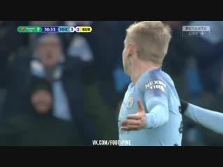 Дебютный гол Зинченко за Ман Сити