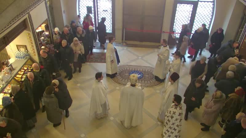 Трансляція святкового богослужіння зі Спасо-Преображенського собору в Києві