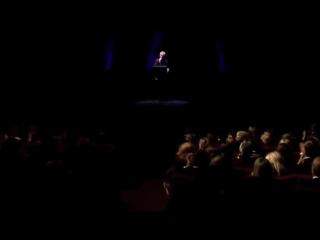 Amedeo Minghi - Amarsi é (Live 2010 Teatro Ghione di Roma)