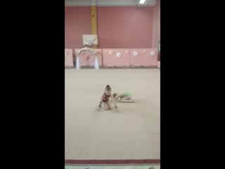 Перше змагання моєї донечкиВесняні ластівки