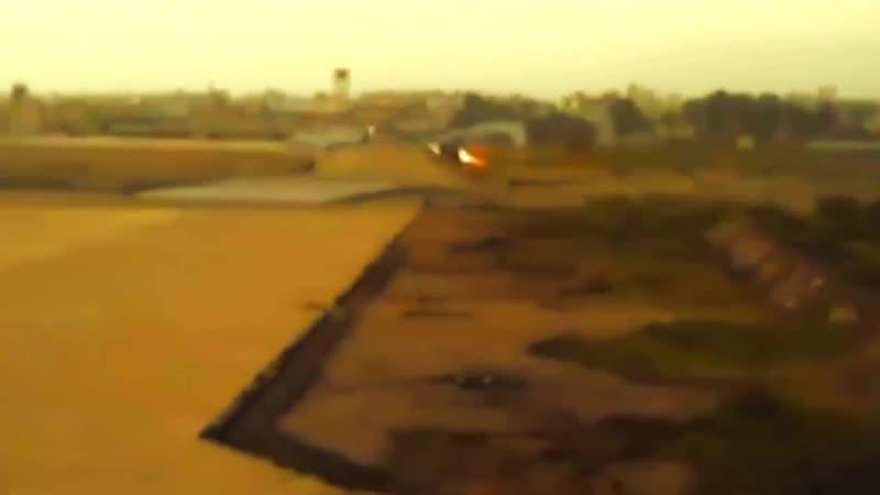 Прикрытие истребителем гражданского самолета