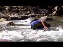 Hmong girl catch snail 2